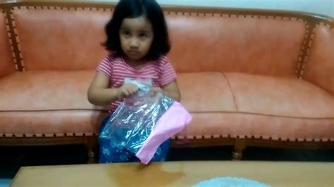 jas ujan anak jas hujan anak frozen terbaru punya tisia youtube