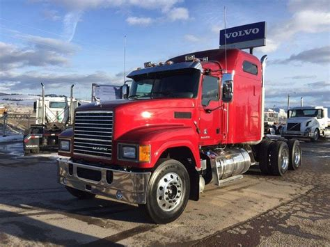 mack volvo trucks 2017 mack chu613 sleeper truck for sale