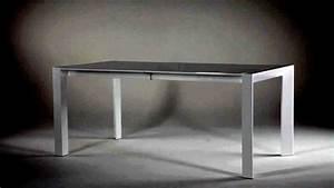 Table Blanche But : table extensible design blanche white catalogue but 2012 2013 youtube ~ Teatrodelosmanantiales.com Idées de Décoration