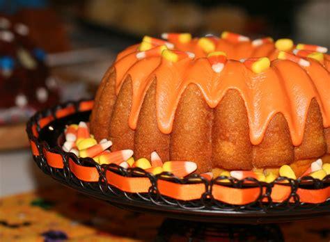 dont judge  cake   pan    dessert