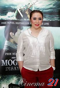 Gallery Melly Goeslaw