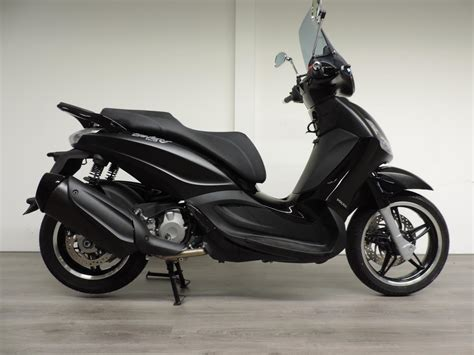 Review Piaggio Beverly by Review Motor Piaggio Beverly 350 Bikenet
