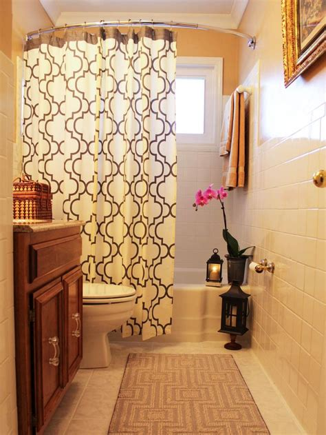 Ideas For Bathroom Curtains by Top 25 Ideas About Shower Curtains On