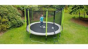 Prix D Un Trampoline : soldes trampoline gallery of jeux de jardin et duextrieur ~ Dailycaller-alerts.com Idées de Décoration