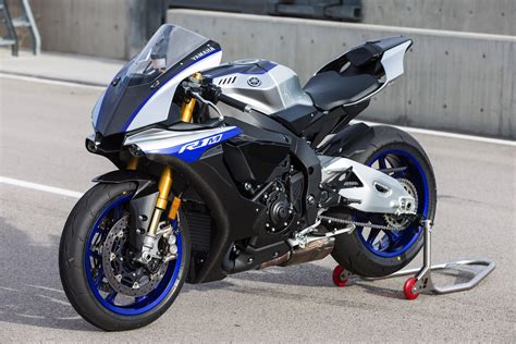 Review Yamaha R1m by 2019 Yamaha R1 Motorcycle Magazine T