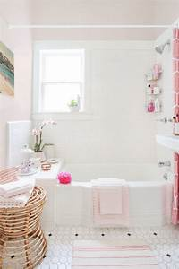 Homepolishs best bathrooms 19 gorgeous spaces to inspire for Interior design pink bathrooms