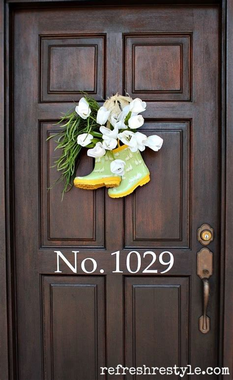front door decor ideas     wreath