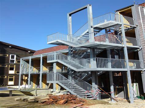 treppengeländer außen holz heinlin metallbau schlosserei andreas fenster t 252 ren aus