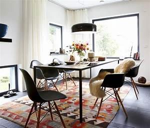 know how ein teppich macht den essplatz wohnlich bild 9 With balkon teppich mit 70ger jahre tapeten