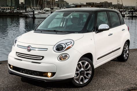 Fiat 2014 500l by 2014 Fiat 500l Information And Photos Zombiedrive