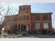 10 Abandoned Buildings in Texas Haunted by Black Eyed Children