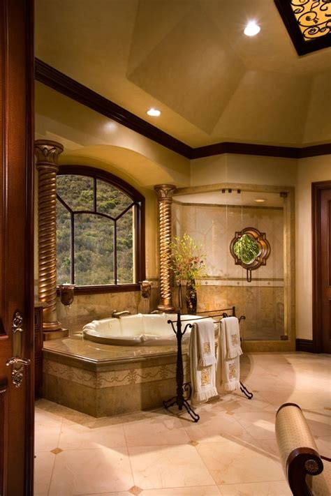 12 Gorgeous Luxury Bathroom Designs