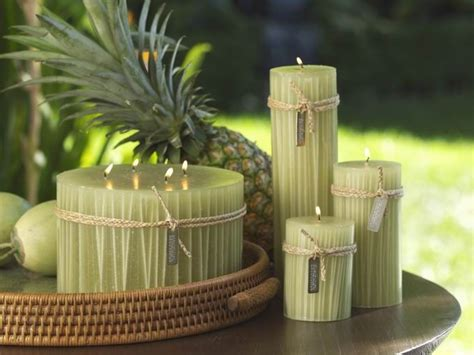 Bungalow Straw Inlay Pillar Candles  Green  Candle Lover