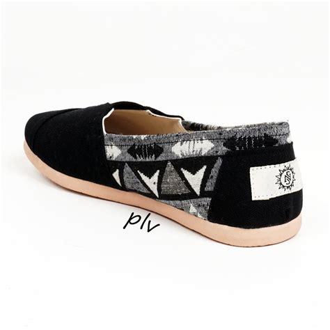 Flatshoes Hitam Gold jual sepatu flat shoes flatshoes murah ala wakai ns81