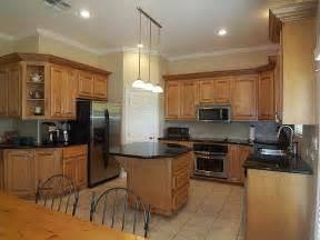 kitchen ideas oak cabinets kitchen kitchen backsplash ideas with oak cabinets subway tile home office style compact
