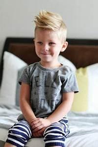 Frisur Kleinkind Junge : ber ideen zu kinderhaarschnitte auf pinterest frisuren f r jungen und junge frisuren ~ Frokenaadalensverden.com Haus und Dekorationen