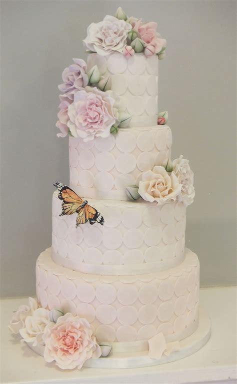 tier vintage wedding cake  gumpaste flowers roses