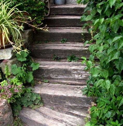 Gartenanders Idee Haltbare Treppe Aus Eisenbahnschwellen