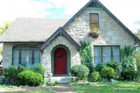 interior paint colors for tudor homes how do you paint a tudor style home the decorologist