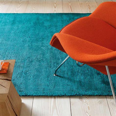 tapis contemporain haut de gamme tapis haut de gamme bleu turquoise douceur teal par joseph lebon