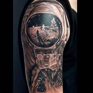 Spaceflight-related and astronauts' tattoos - collectSPACE ...