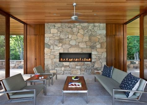 Covered Patio With Fireplace Modern Kitchen Interior Design Ideas Red Backsplash Tiles And Bathroom Accessories Organization Cream Country Accent Wall In Handleless Kitchens Tablecloths