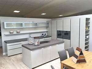 Küche Mit Geräten : rotpunkt musterk che k che mit gaggenau e ger ten ausstellungsk che in von ~ Yasmunasinghe.com Haus und Dekorationen