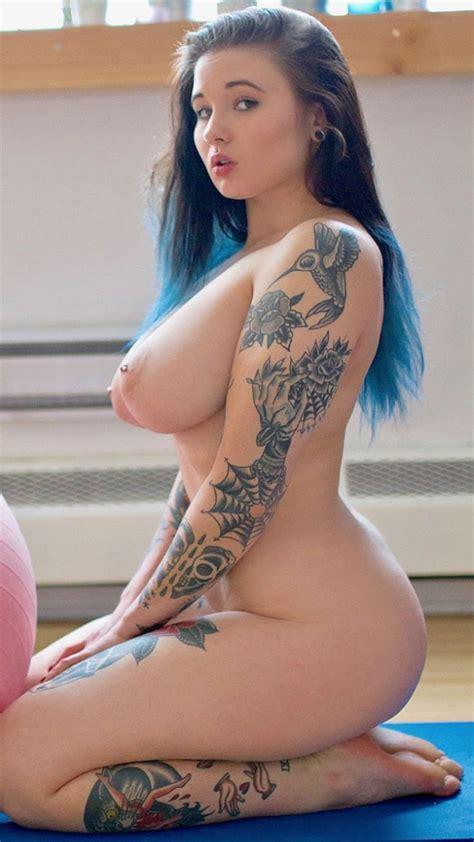 Nayru Suicide Nude Curvy Body Assoass 1
