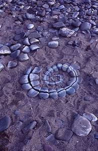 Andy Goldsworthy Digital Catalogue  1985 071  Context Shot