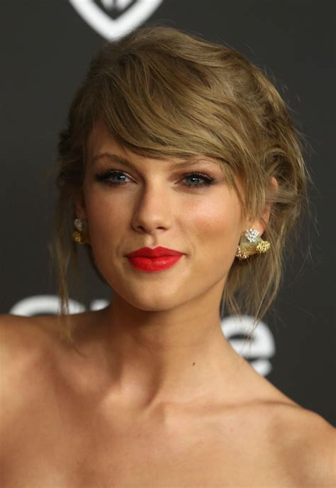 Taylor Swift - InStyle And Warner Bros. 2015 Golden Globe ...
