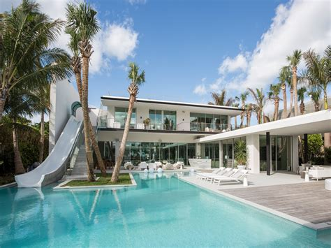 House Boat Rental Miami by This 34 Million Waterfront Miami Home Has A Two Story