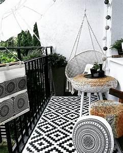 Gartenmöbel Kleiner Balkon : die besten 25 lichterkette balkon ideen auf pinterest kleinen balkon gestalten balkon ~ Indierocktalk.com Haus und Dekorationen