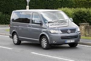 Monospace Volkswagen : vw multivan spyshot pas de quoi se relever la nuit blog automobile ~ Gottalentnigeria.com Avis de Voitures