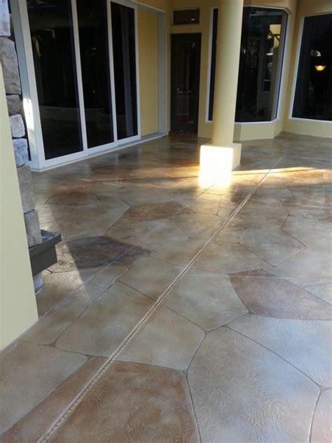 Home   Modern Edge Decorative Concrete