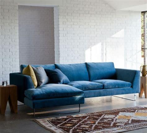 canap velours bleu 1000 idées à propos de canapé en velours sur