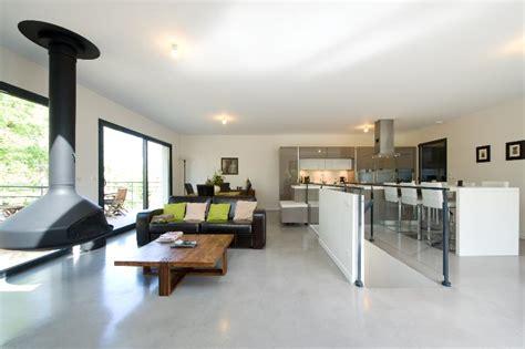 cuisine minimaliste design agréable amenagement cuisine ouverte salon 12 s233jour