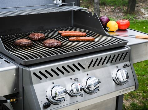 cuisine weber barbecue grilling season is here these are the best gas grills wired