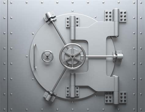 louer un coffre fort coffre banque 28 images ils n ont plus acc 232 s 224 leur coffre un attaque sa banque en