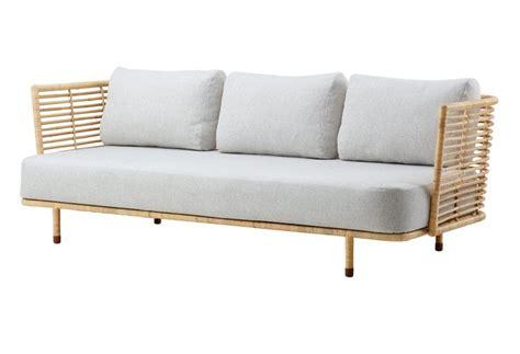 canape en osier ou rotin 17 meilleures idées à propos de meubles en osier peints
