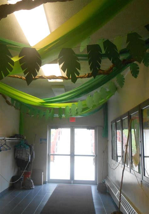Sonquest Rainforest Vbs Decorations Monkey Classroom