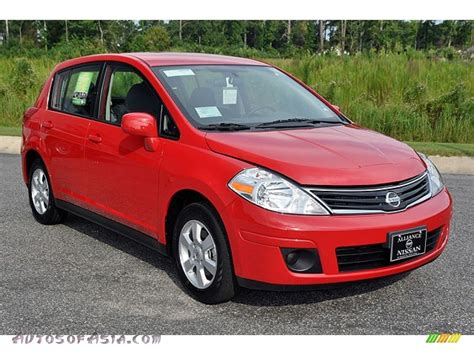 red nissan versa 2012 nissan versa 1 8 s hatchback in red alert photo 8