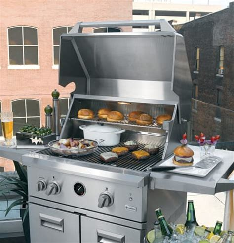 monogram zgglcpss   freestanding gas grill   sq  total cooking area