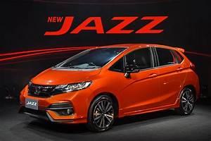 Honda Jazz Hybride 2017 : new 2017 honda jazz facelift launched in thailand auto news ~ Gottalentnigeria.com Avis de Voitures