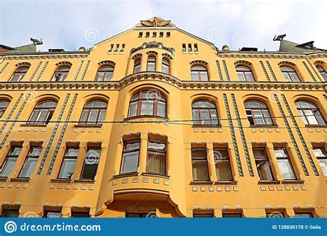 Cat House Bij 10 Meistaru Iela In De Oude Stad Van Riga ...