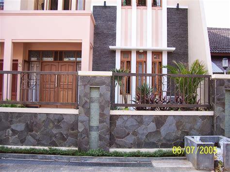 gambar rumah minimalis  lantai  balkon yg