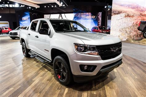 chevy colorado sales numbers august  gm authority