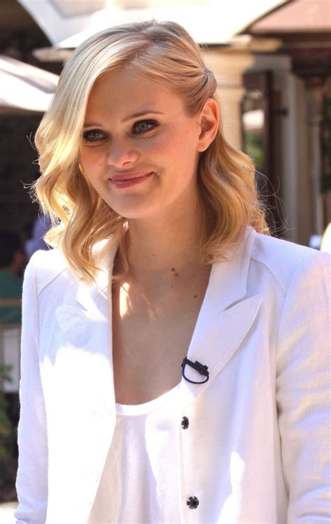 Cast Of Halloweentown 2 by Sara Paxton Bra Size Age Weight Height Measurements