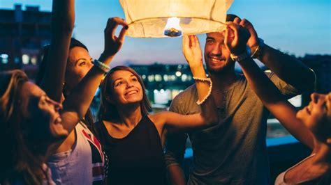 come fare lanterne volanti lanterne volanti per festeggiare capodanno www stile it