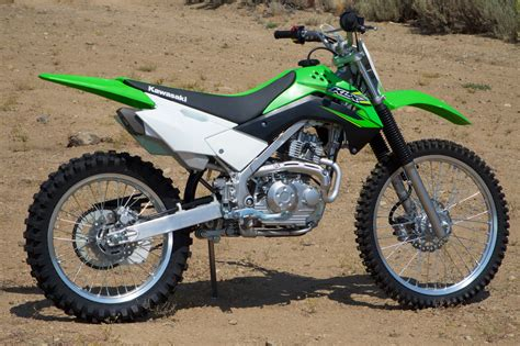 Kawasaki Klx 230 Modification by 2017 Kawasaki Klx140g Review New Size Trail Bike