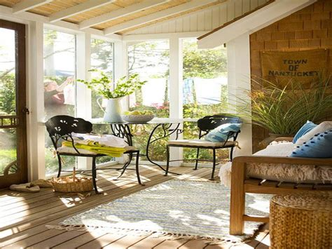 Small Deck Furniture Layout